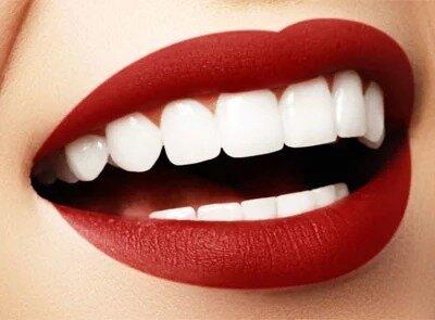 Скасуйте свою запис до стоматолога! Дивні, але дуже ефективні засоби для перлинно-білої усмішки