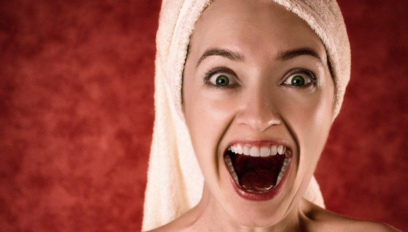 Як видалити зубний камінь без стоматологів?