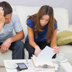 Хто повинен розпоряджатися грошима в сім'ї