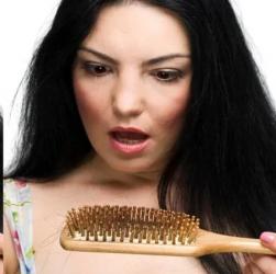 Випадання волосся. Як їх відновити?
