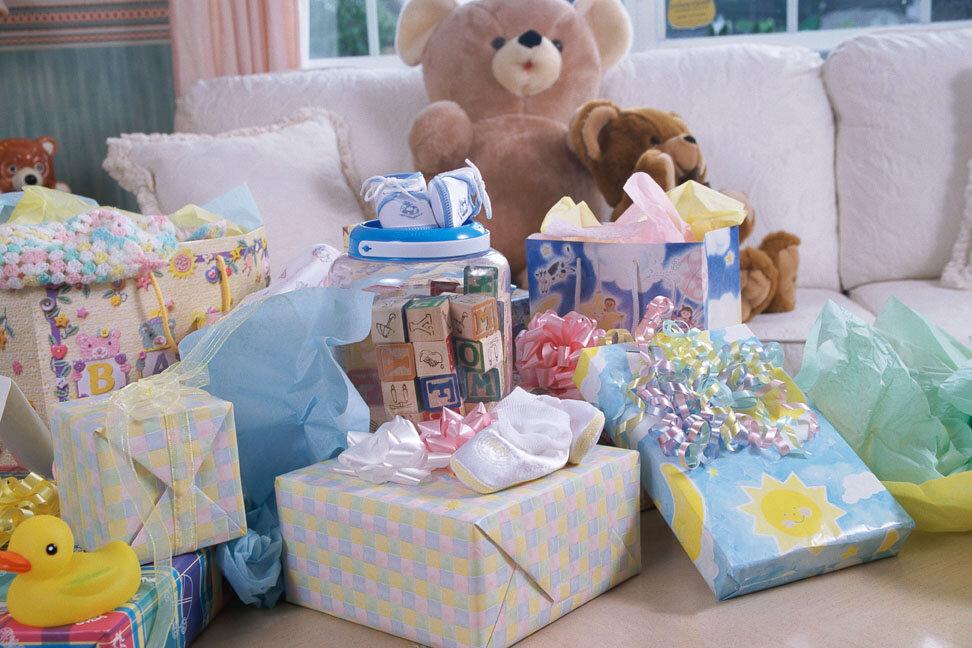 Який подарунок вибрати новонародженому маляті?